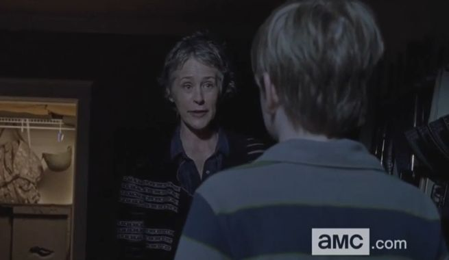 the-walking-dead-carol-sam-126661