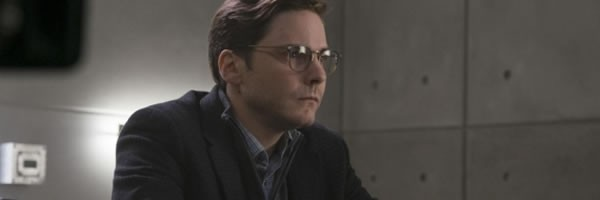 captain-america-civil-war-daniel-bruhl-zemo-slice-600x200